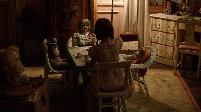 Photo SLIDE pour Annabelle 2 : la Création du Mal