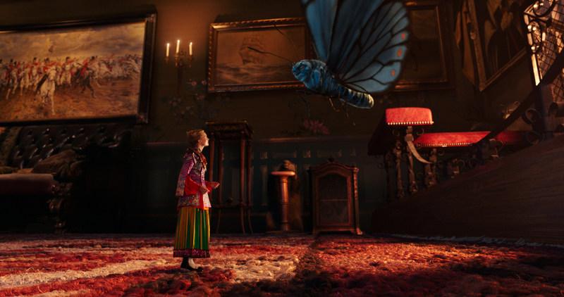 Alice de l 39 autre c t du miroir au qu tigny multiplexe for L autre cote du miroir