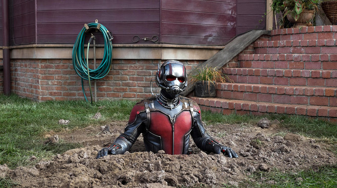 Photo SLIDE pour ANT-MAN